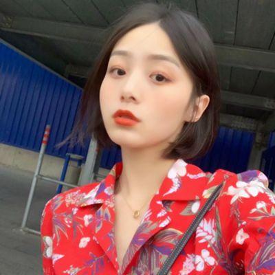 红色头像唯美_WWW.QQYA.COM