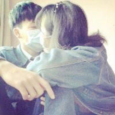 学生情侣头像两人一张的_WWW.QQYA.COM