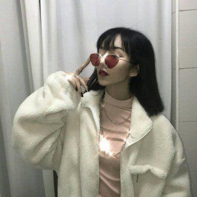 原宿风一身仙女味头像_WWW.QQYA.COM