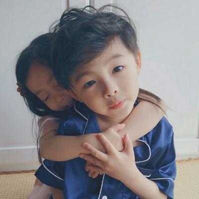 高清可爱的萌娃情侣头像情侣专用_WWW.QQYA.COM