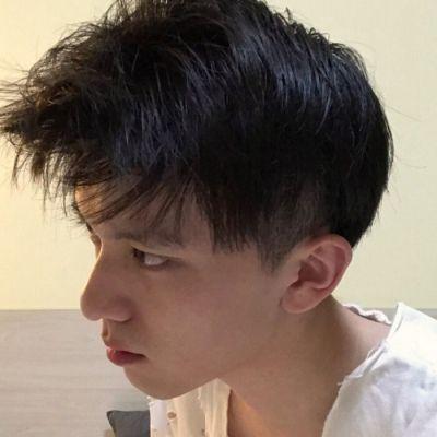 微信网图头像男生高冷_WWW.QQYA.COM