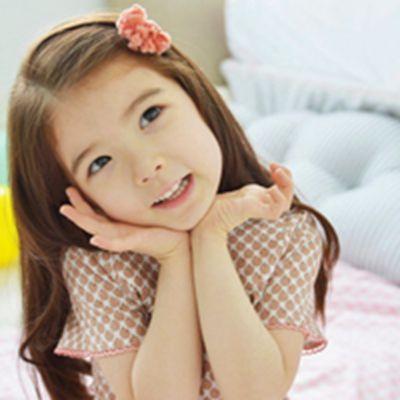 天真的笑容可爱超萌孩子头像大全_WWW.QQYA.COM