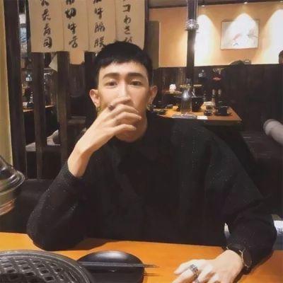 微信头像男生意境伤感_WWW.QQYA.COM