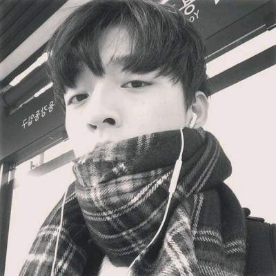 帅气邪魅超拽男生小丑个性黑白头像_WWW.QQYA.COM