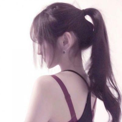 猪猪女孩可爱头像真人_WWW.QQYA.COM