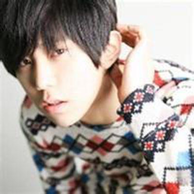 最新韩版男生头像_WWW.QQYA.COM