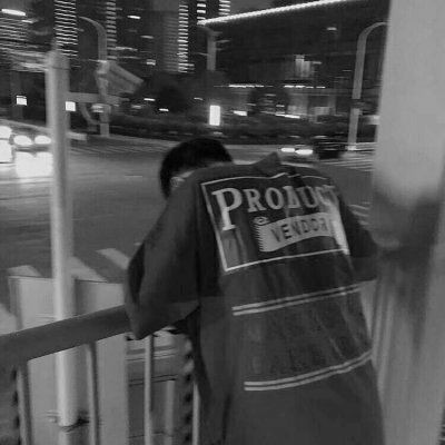 高清好看的男生黑白灰色头像图片精选_WWW.QQYA.COM
