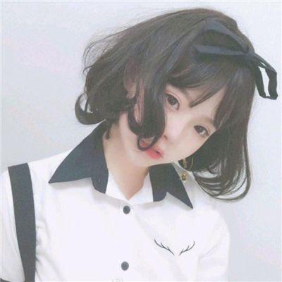 可爱性感头像女生真人图片_WWW.QQYA.COM