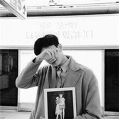 个性版qq男生伤感头像_WWW.QQYA.COM