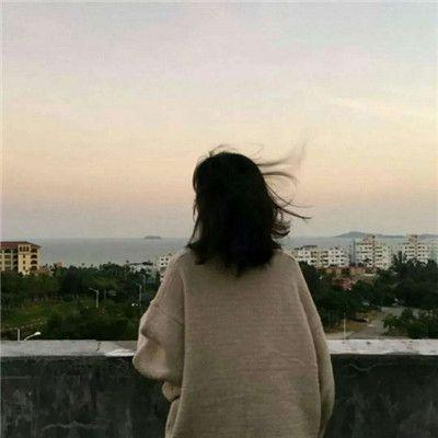 微信女生背影头像短发_WWW.QQYA.COM