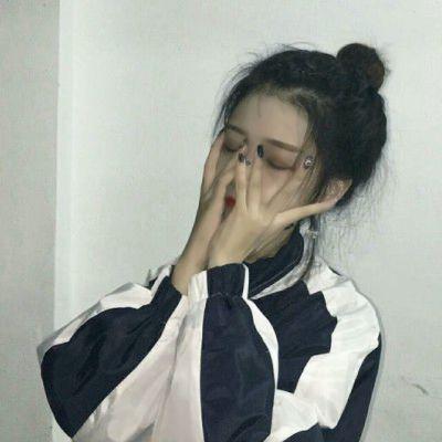 丧系微信头像女_WWW.QQYA.COM