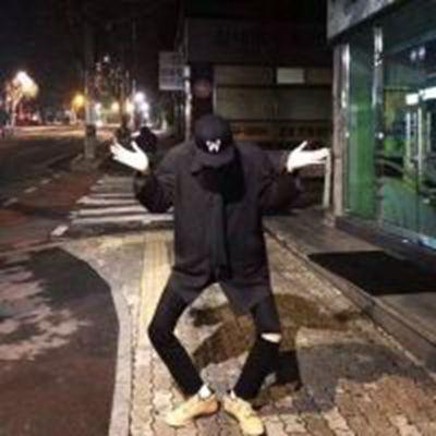 幽默搞怪男生头像_WWW.QQYA.COM