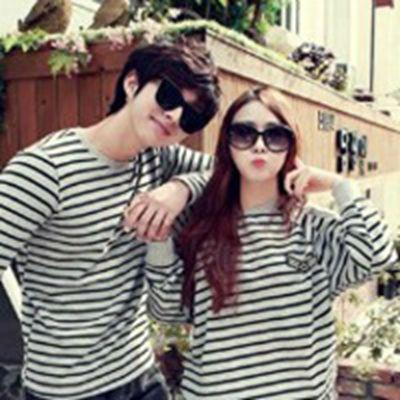 他们的爱情一切都顺其自然的情侣头像两个人一张图_WWW.QQYA.COM