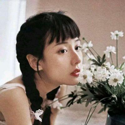 高冷禁欲系女生头像_WWW.QQYA.COM
