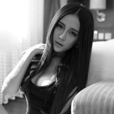 朱赢菊花纹身性感黑白头像图片_WWW.QQYA.COM