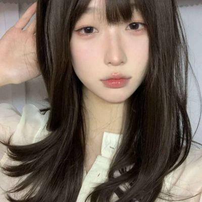 一组关于朱砂痣女生个性头像_WWW.QQYA.COM