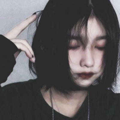 qq女头像复古风_WWW.QQYA.COM