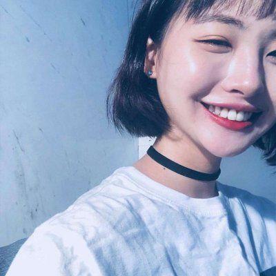 美女现实中的生活照头像_WWW.QQYA.COM
