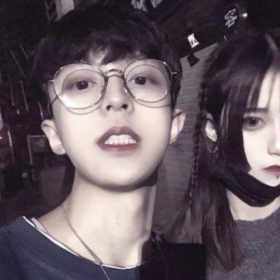 超级虐狗的情侣头像_WWW.QQYA.COM