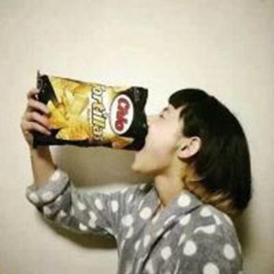 搞笑的女生头像_WWW.QQYA.COM