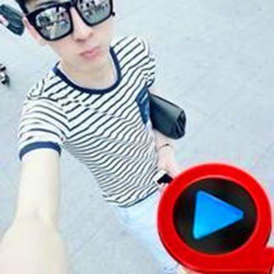男生头像有快播标志的_WWW.QQYA.COM