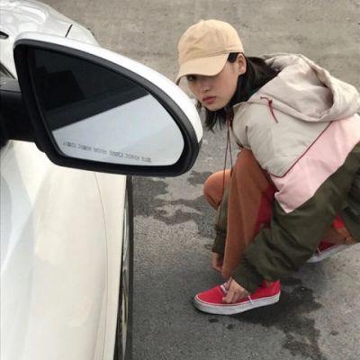 可爱女微信头像小清新_WWW.QQYA.COM