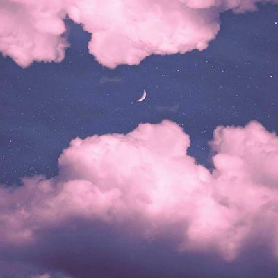 粉色系月亮云朵风景头像图片_WWW.QQYA.COM