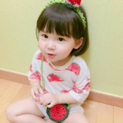 大眼萌娃女孩头像_WWW.QQYA.COM