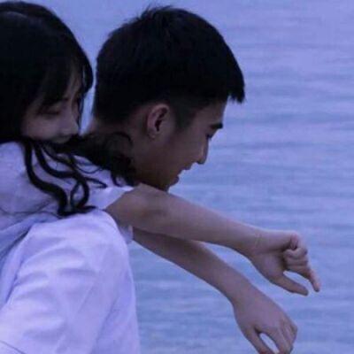 一眼就认出的情侣头像_WWW.QQYA.COM