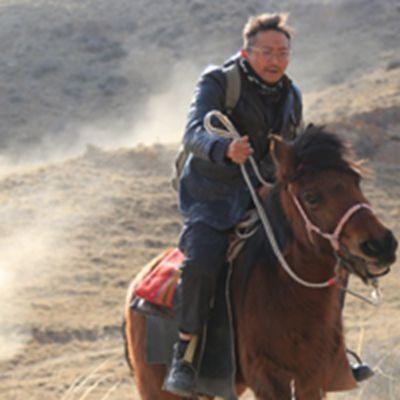 枪过境电影截图头像《枪过境》剧照图片下载_WWW.QQYA.COM