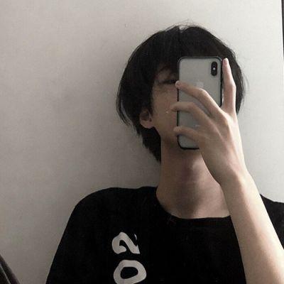 做事靠谱心思细腻性格成熟的男头图片_WWW.QQYA.COM