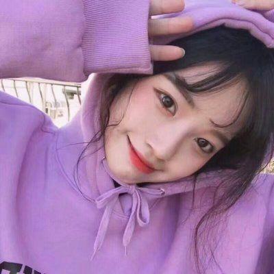 紫色韩系女生头像高清_WWW.QQYA.COM