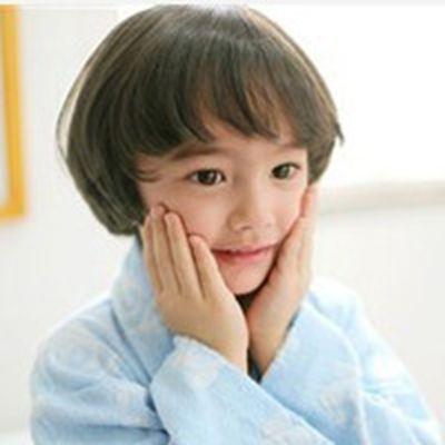 好看活泼小男孩头像_WWW.QQYA.COM