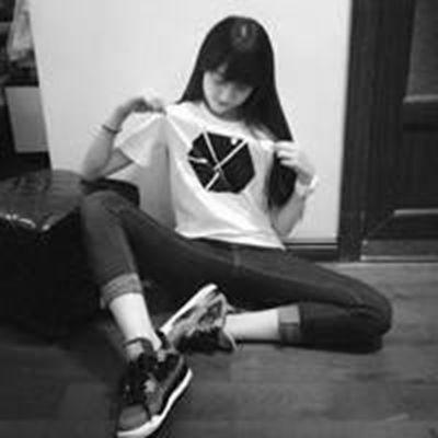 黑白色看上去更顺眼一些黑白头像_WWW.QQYA.COM