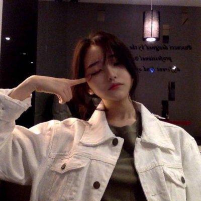 微信真人头像女自然_WWW.QQYA.COM