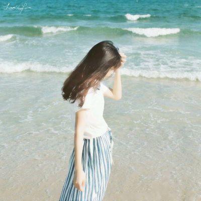 qq背影图片头像女生_WWW.QQYA.COM