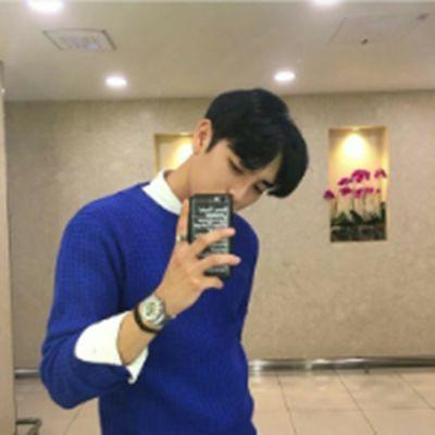 单身男生潇洒帅气微信头像精选_WWW.QQYA.COM