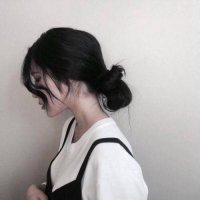 高清好看的女生真人照片可爱软萌头像图片_WWW.QQYA.COM