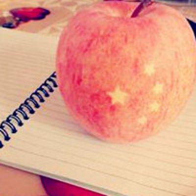 圣诞节苹果头像_WWW.QQYA.COM