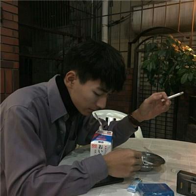 帅气小哥哥头像高清图片分享_WWW.QQYA.COM