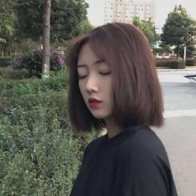 个性女短发发型图片头像_WWW.QQYA.COM