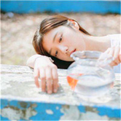 森系少女头像_WWW.QQYA.COM