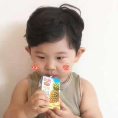 小孩情侣头像可爱一对_WWW.QQYA.COM