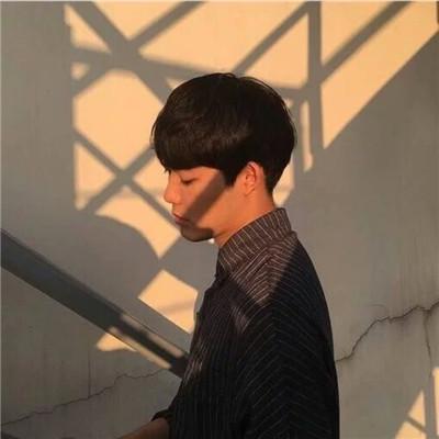 好看的男生微信头像精选帅气有个性_WWW.QQYA.COM