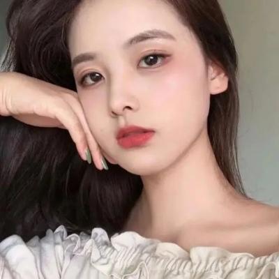 高清符合气质的微信头像真人女_WWW.QQYA.COM