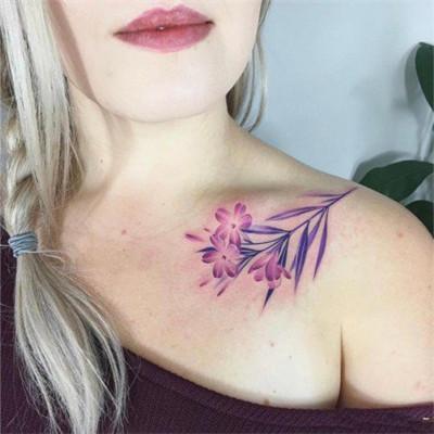 性感锁骨纹身头像女_WWW.QQYA.COM