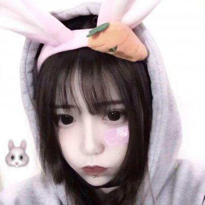 女生正脸头像干净_WWW.QQYA.COM