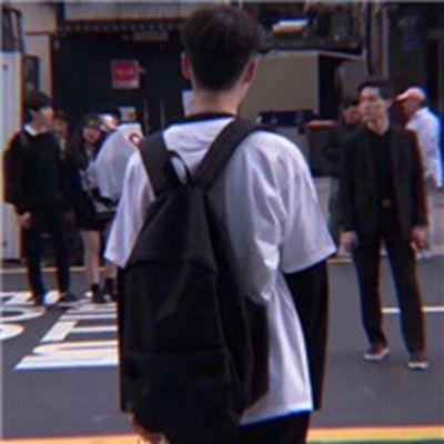 高冷男生简单头像_WWW.QQYA.COM