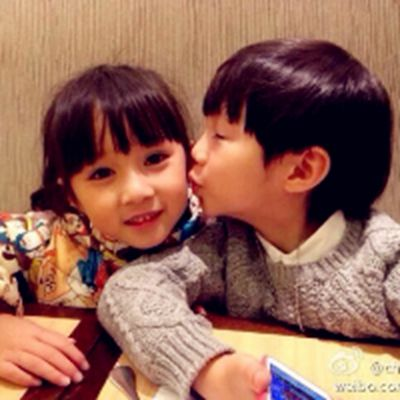 小孩情侣头像_WWW.QQYA.COM