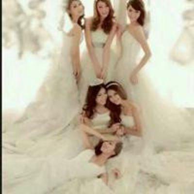 穿婚纱的姐妹头像图片_WWW.QQYA.COM